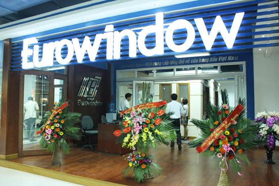 Công Nhân Lắp Đặt cho Công Ty CP Eurowindow Đà Nẵng